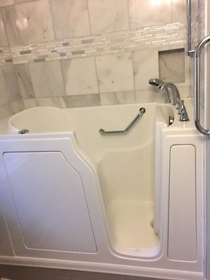 Accessible Bathtub in Rickreall by Independent Home Products, LLC